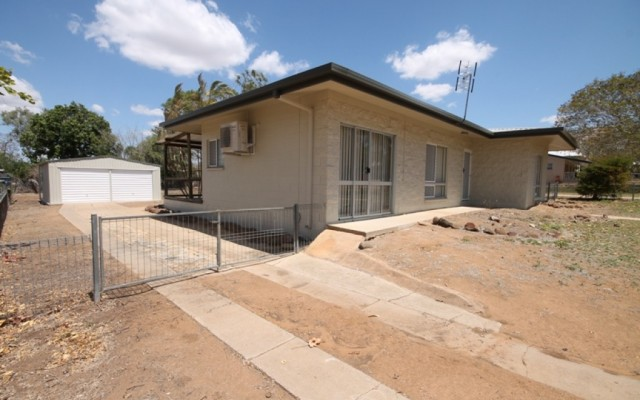 37 Oxford Street, Charters Towers City Q 4820